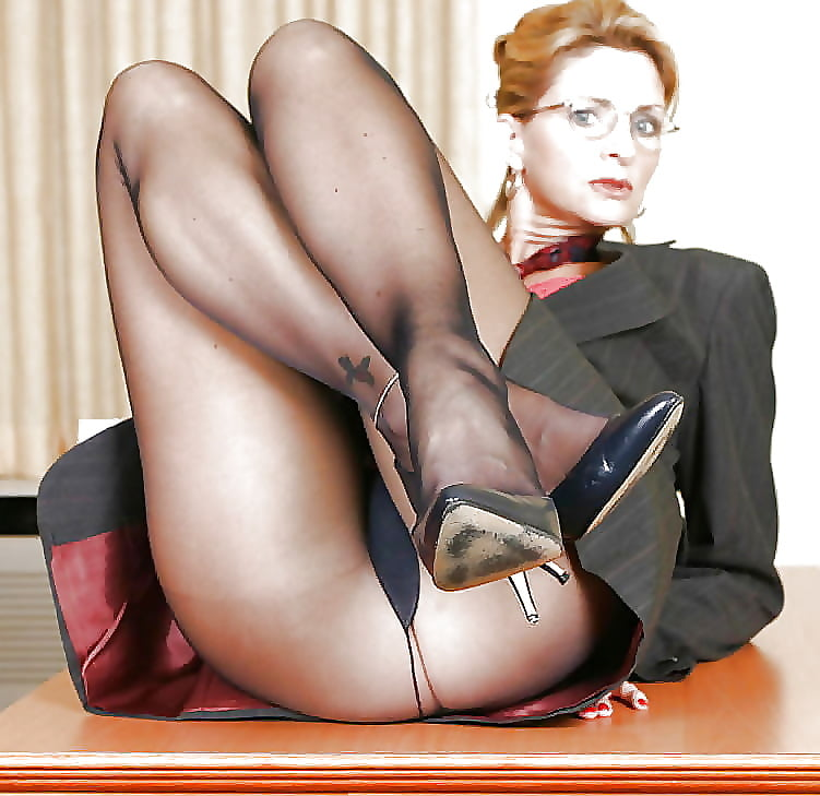Womens pantyhose legs photo free