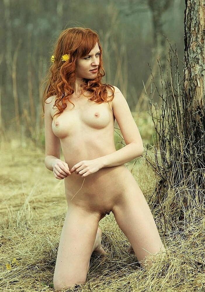 Heisse Maedels 1.325 - 12 Pics