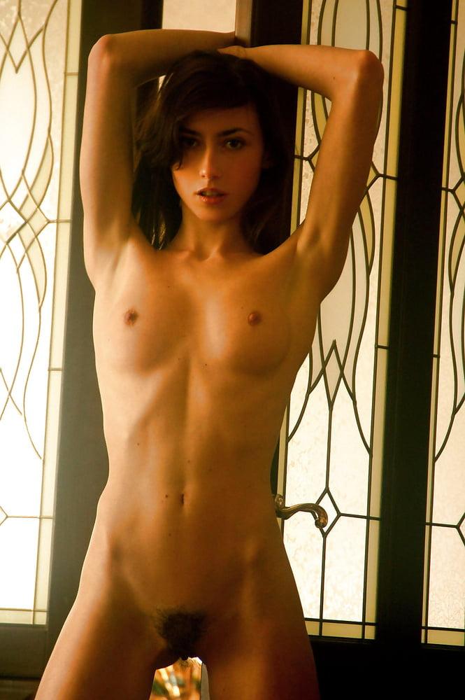 Naked cute girl pic-7875