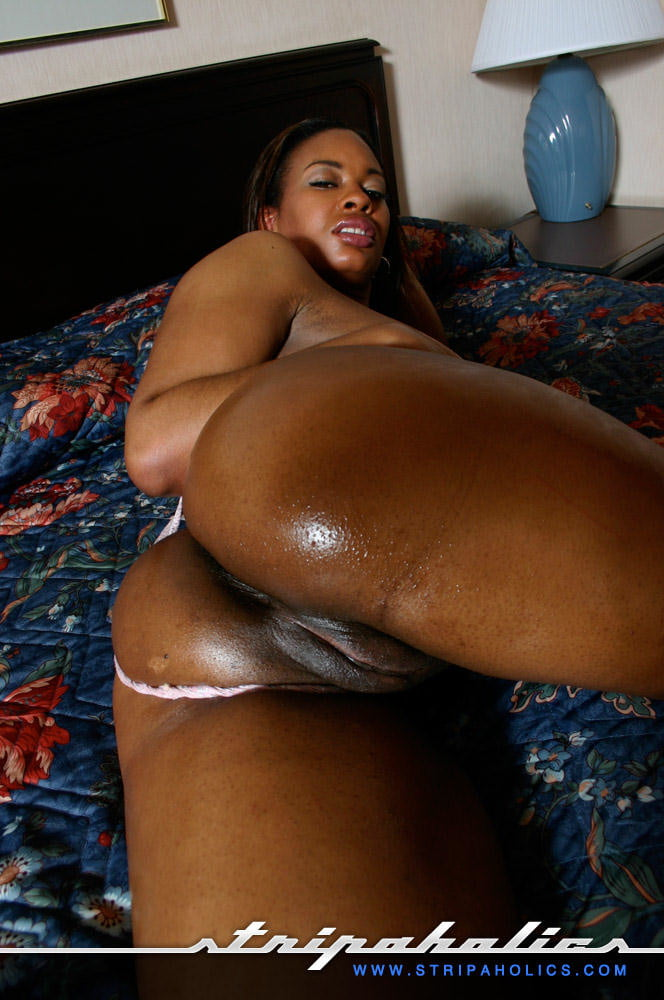 Ebony booty ejaculating videos girl covering