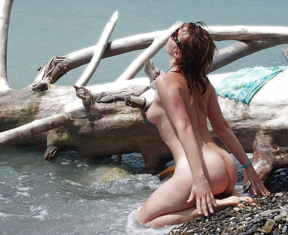 Sexiest Naked Mango A On A Paradise Beach Russian Sexy Girls