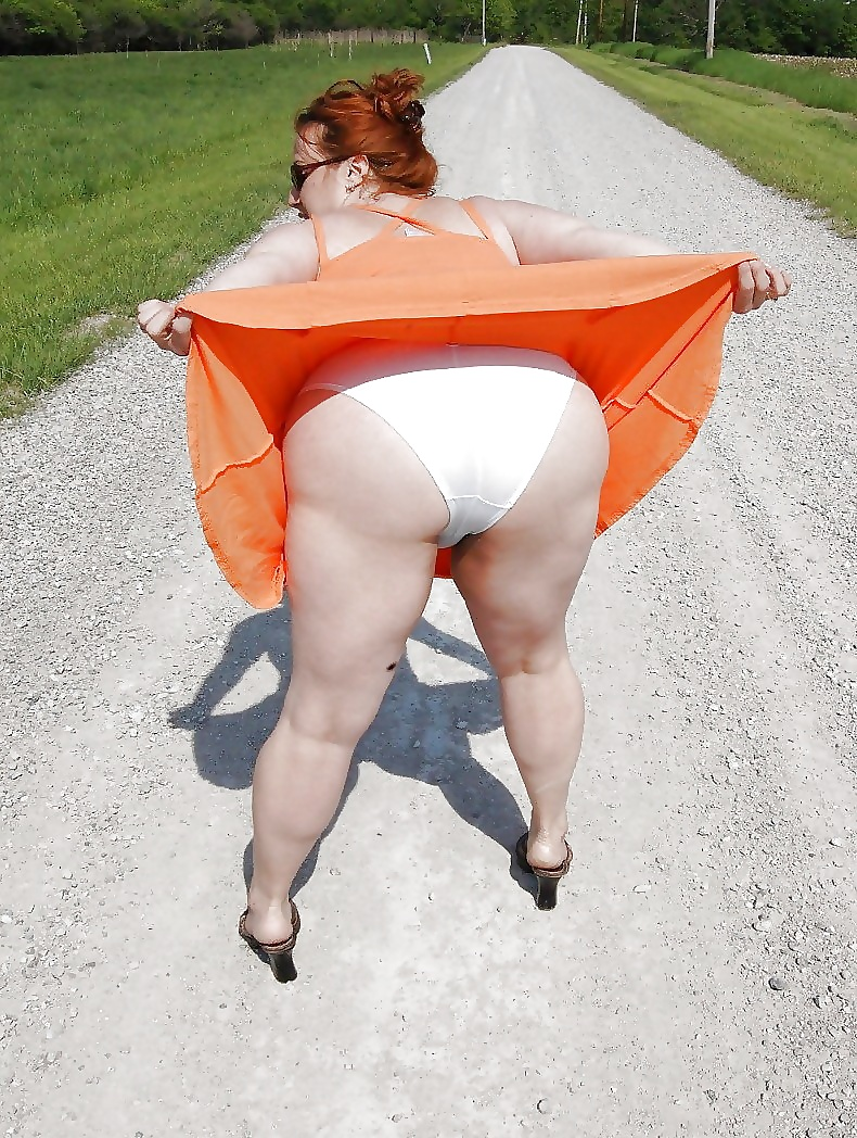 fat-upskirt-shipping-war-girls-naked