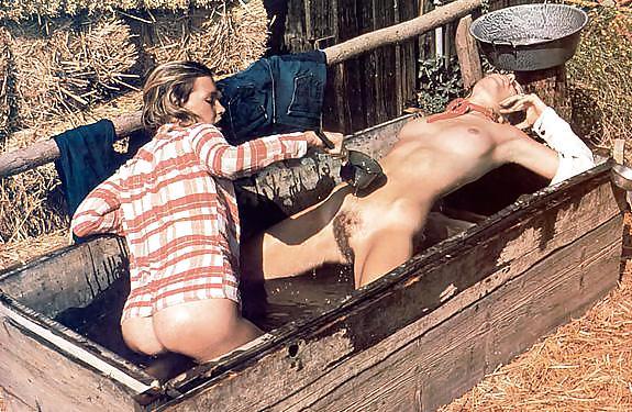 Смотреть секс ролики в деревне ретро, жену скрытая камера порно онлайн