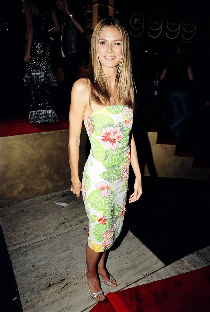 See and Save As celebrity hot heidi klum porn pict - 4crot.com