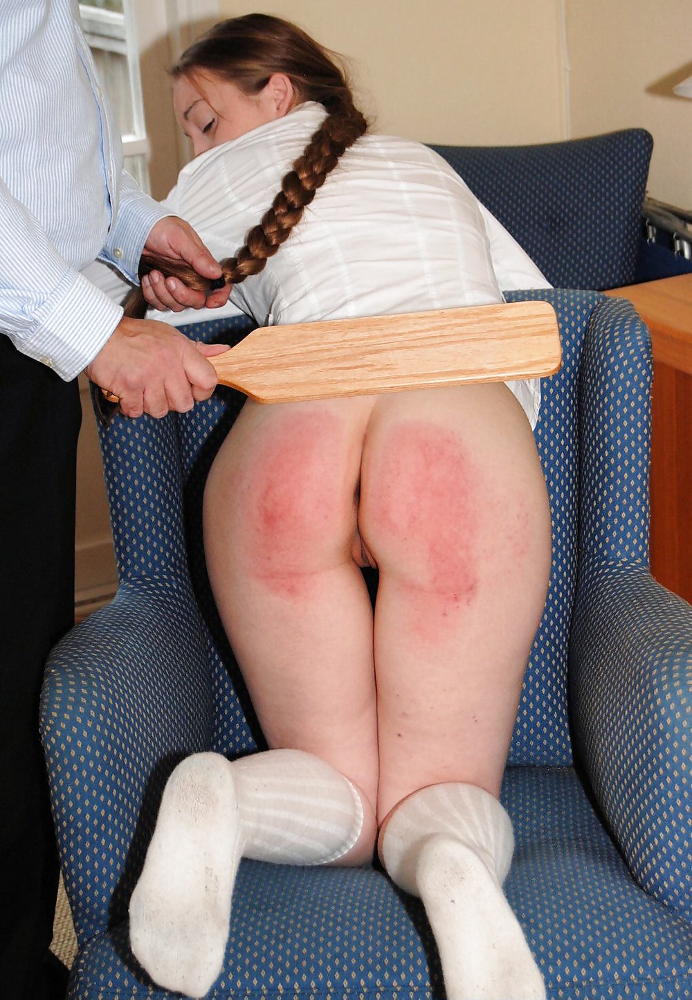 middle-school-girls-spanking