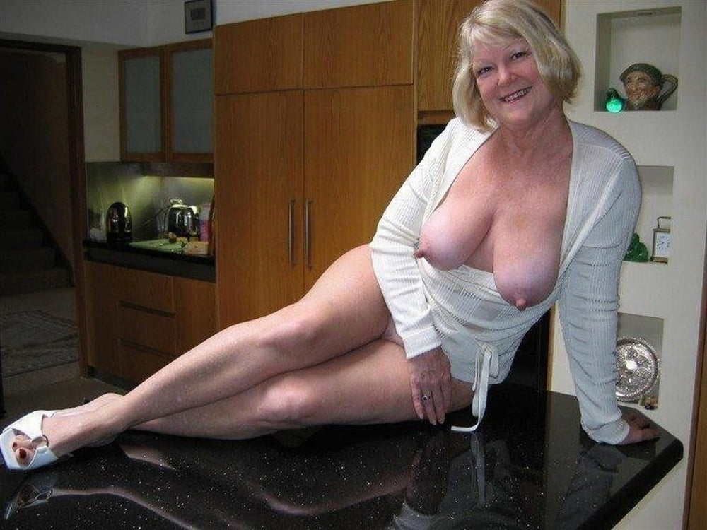 Free family sex picks big breasted amateur milfs