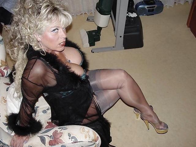 Amateur cutie showing her body for all german ggg spritzen goo girls Dc gay sex
