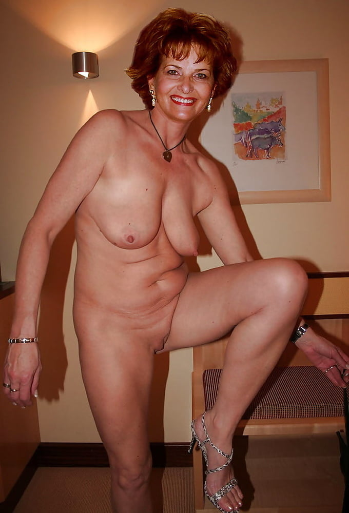 Nude amature ladies — photo 4