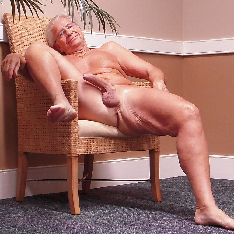 free-older-mature-men-videos-topless-pics-ivonne