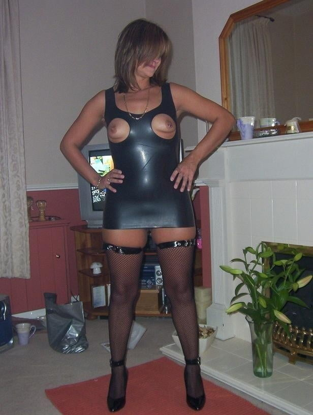 Slut dresses for sale, sexo anal con maduras