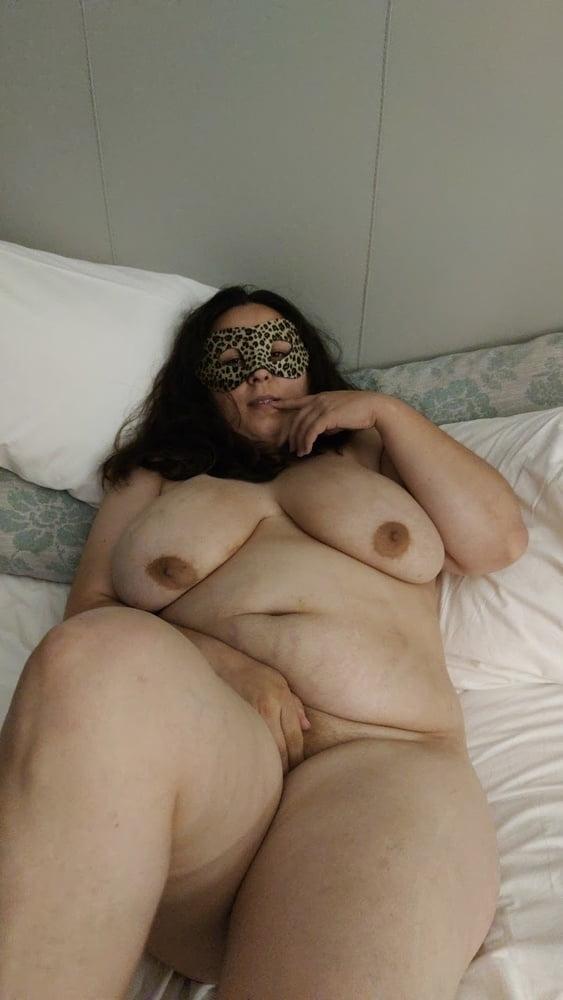Naughty wife - 37 Pics