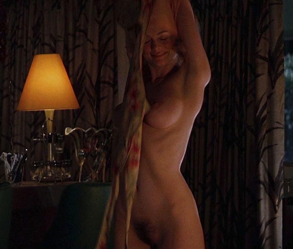 Heather graham's erotic scenes