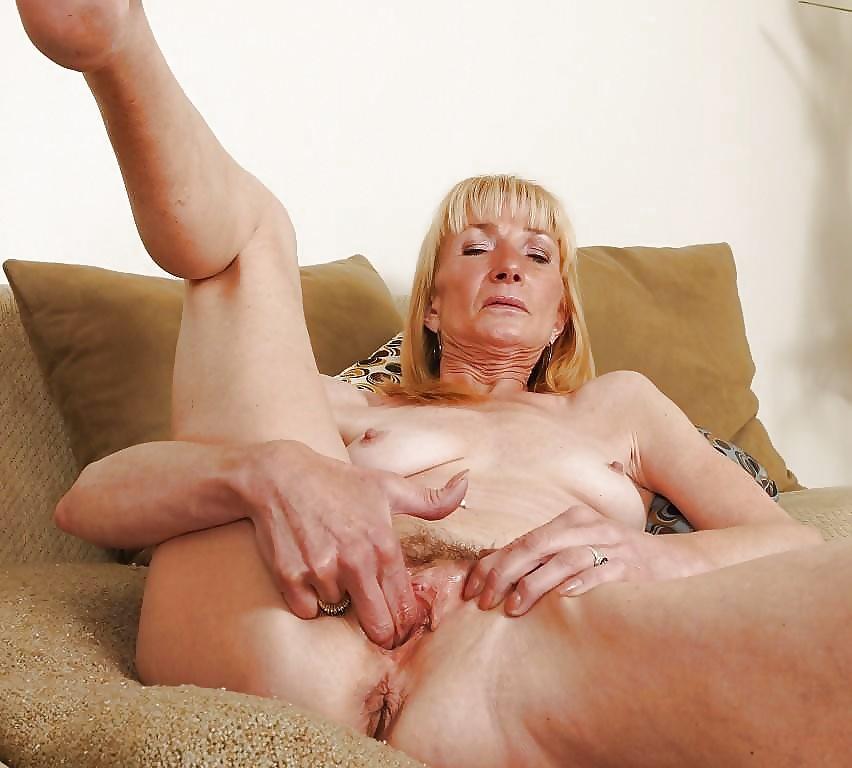 Mature masturbation porn