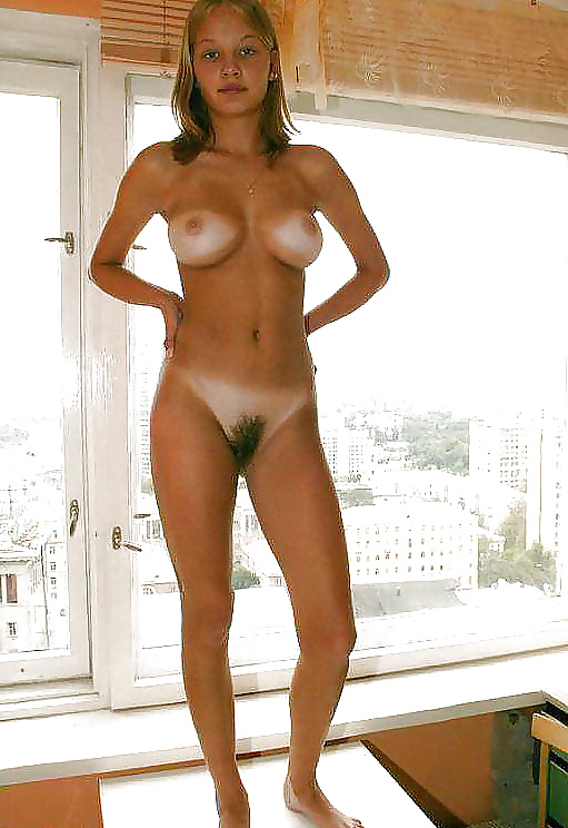 Beautiful naked hairy amateur tan lines — photo 2