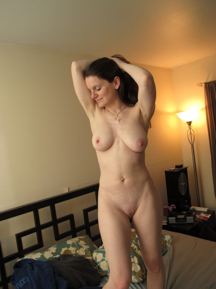 her-slut-women-at-home-naked-video