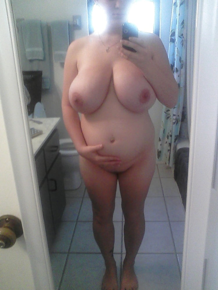 Amateur nude milf photos #1