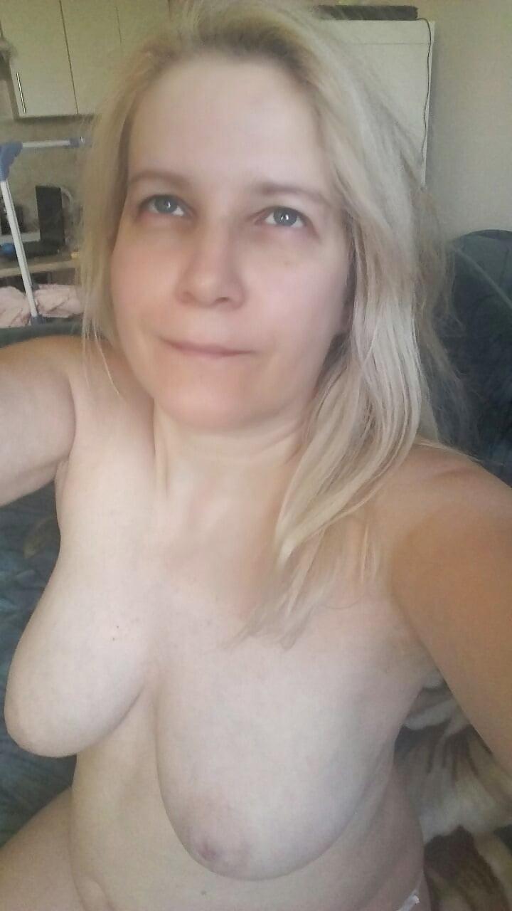 Big Tit Milf Sucking Dick