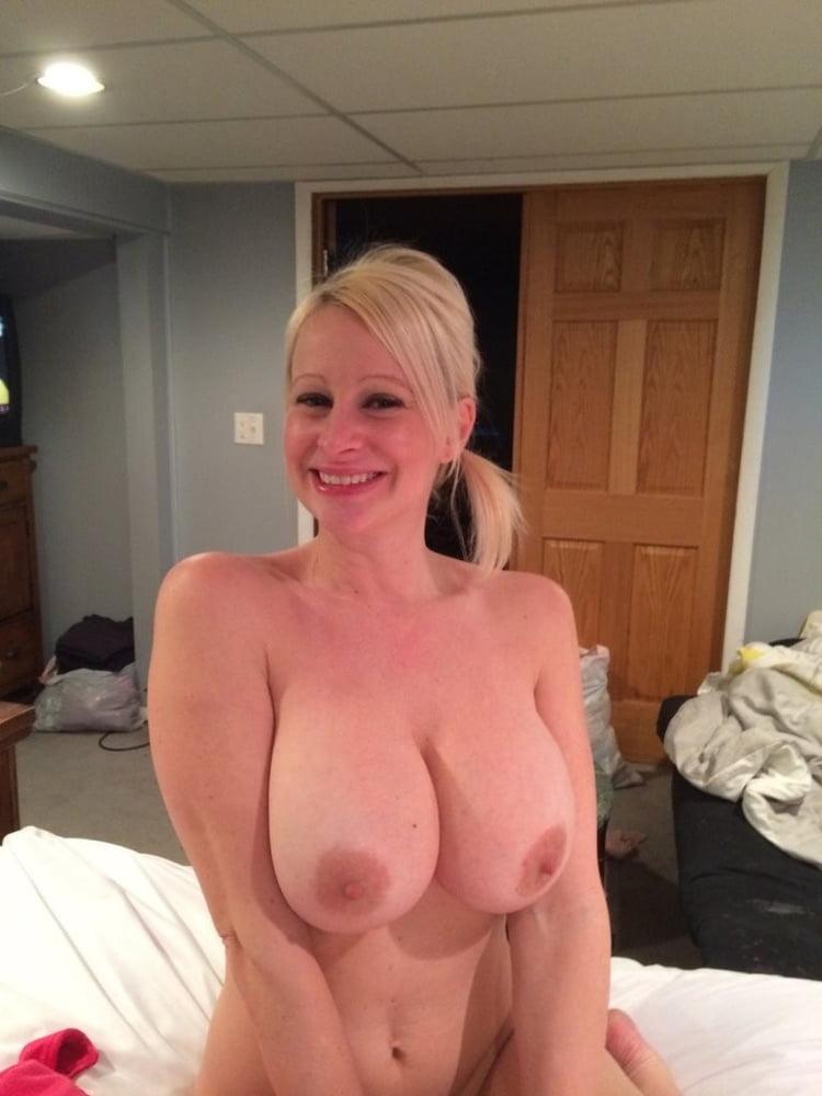 Bbc handjob amateur Fat ex girlfriend bj fuck swallowing cum in changing room