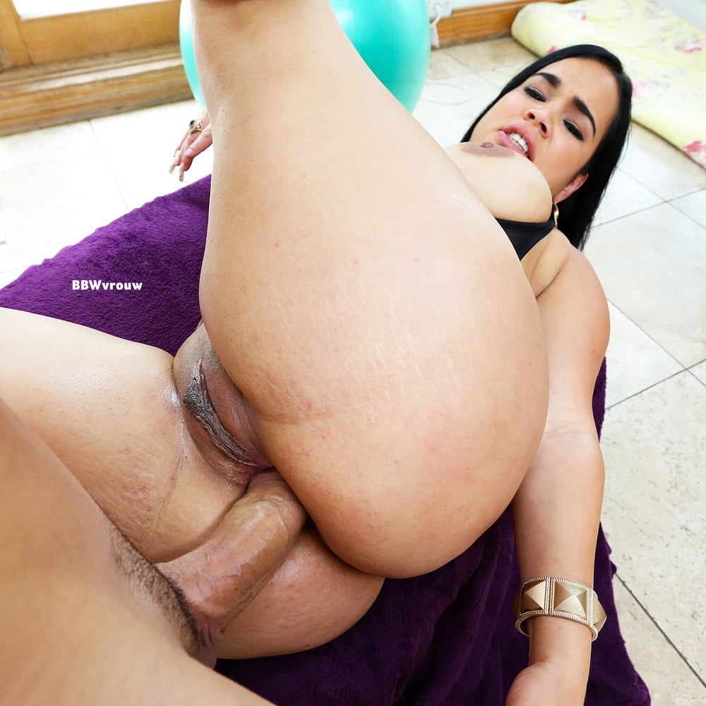 thick-spanish-girls-fucked