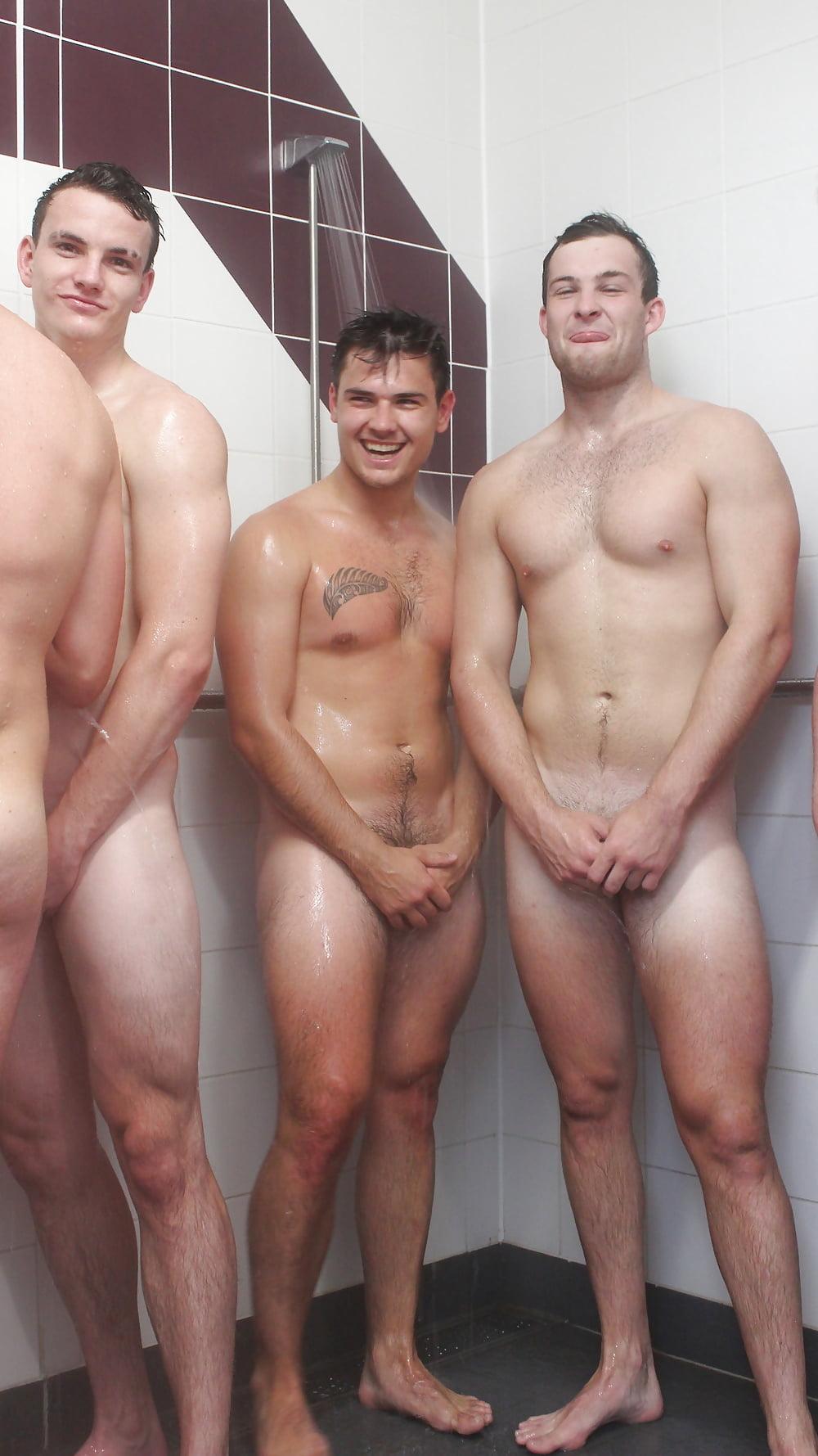Nude lads