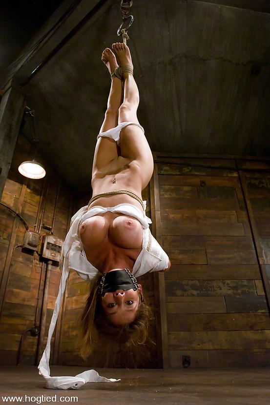 Порно ролики привязана голышом, порно частное анальные игрушки