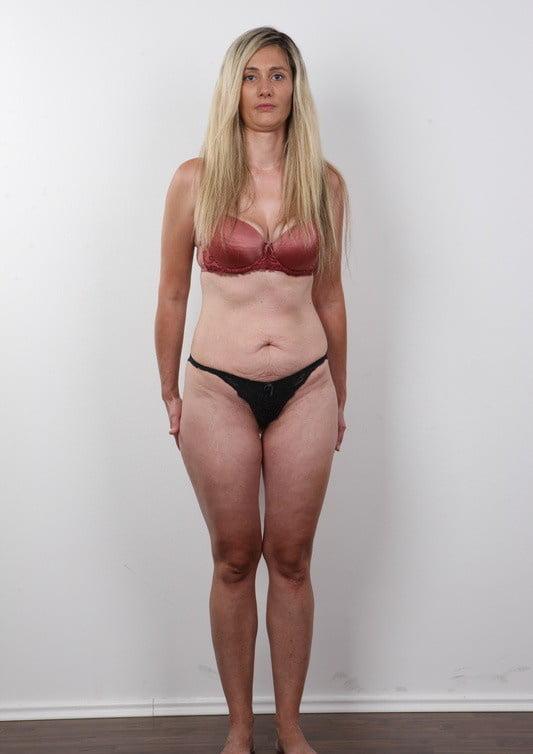 Частные интим фото девушки с обвисшей грудью — pic 13