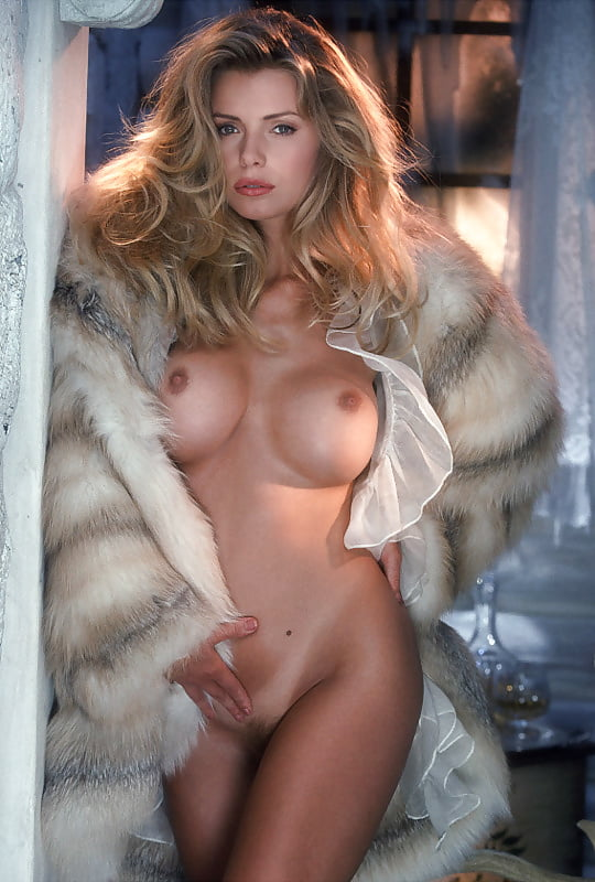Naked actress celebrities