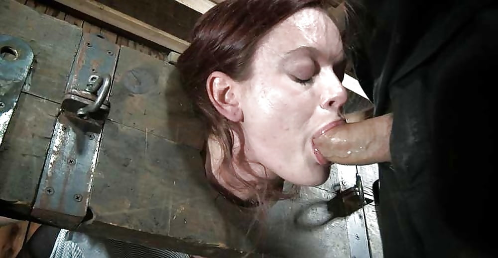 Locked In Stocks Bootyful Submissive Lady Gets A Chance To Suck Dick