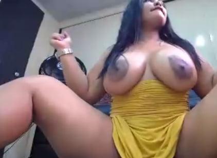 Latina sara - 6 Pics