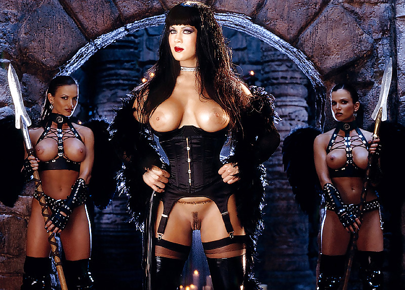 wwe-chyna-pron-electra-woman-and-dyna-girl-stretched-apart