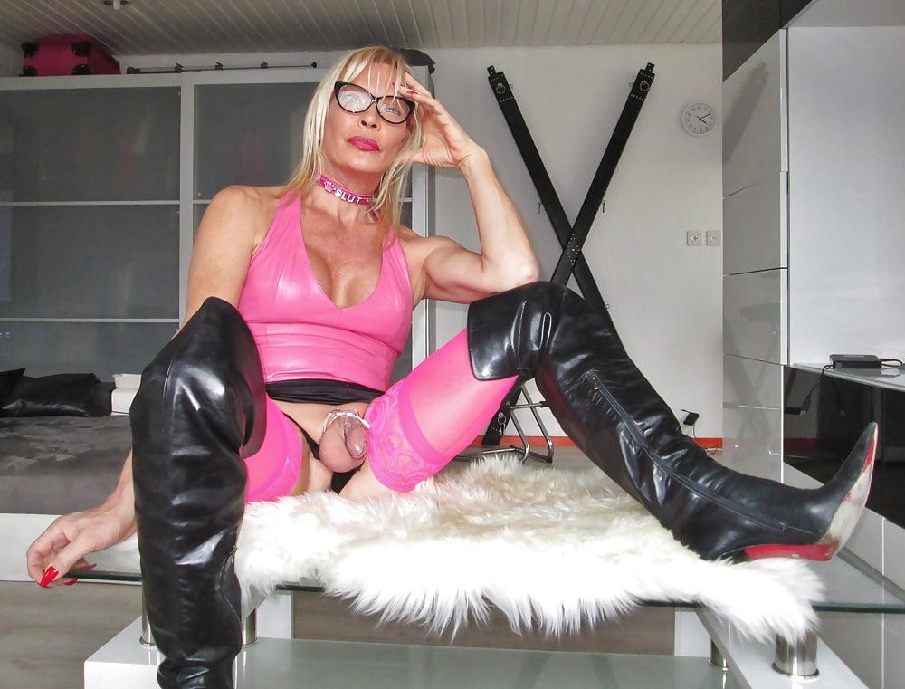 Stefani Boots Pornstar Profile