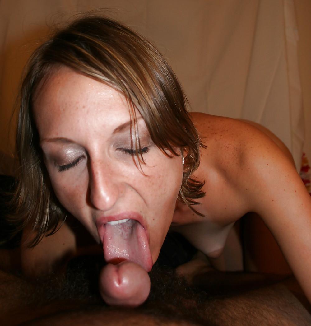 wife-suck-swallow-behind-head-nudes