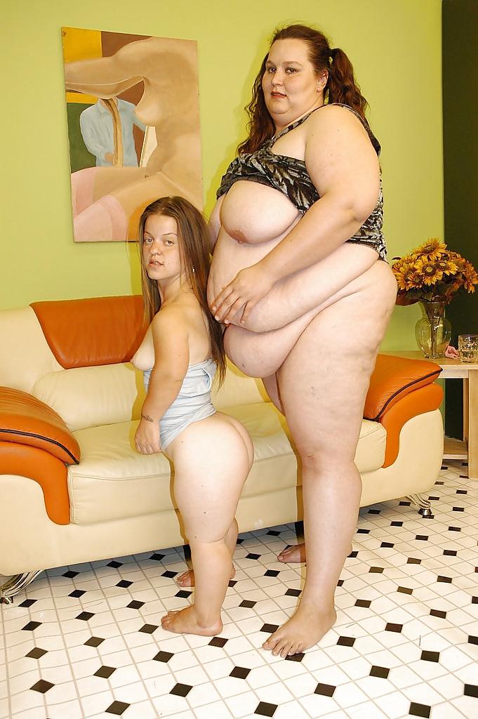 naked-fat-midget