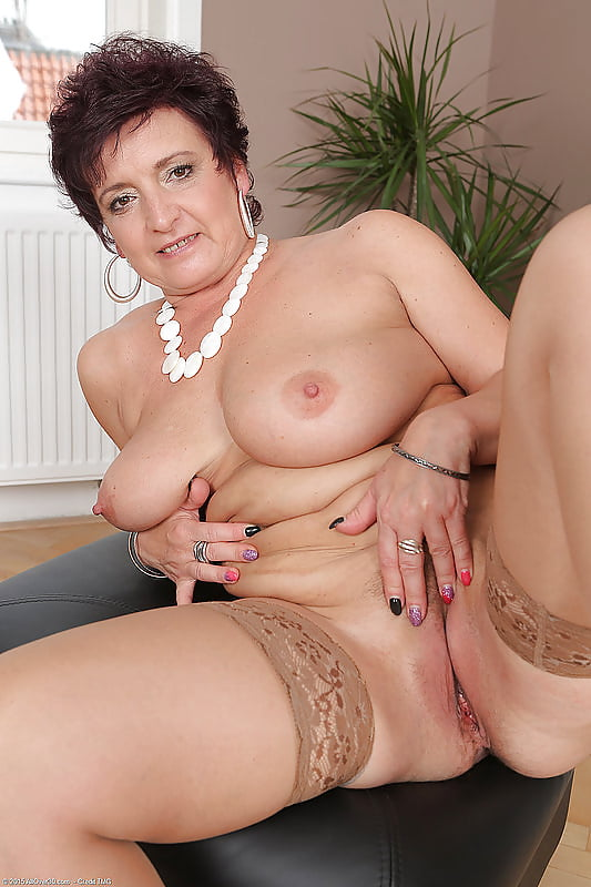 Sister In Law Naked Pictures