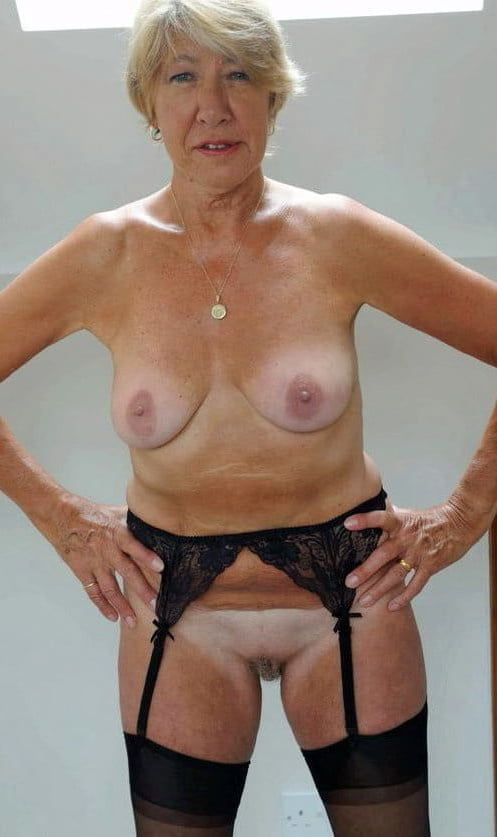 Mature and Granny - 10 Pics