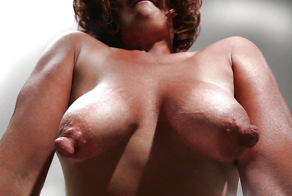 Small Tits Hard Nipples Boobs Flash Pics, Real Amateurs