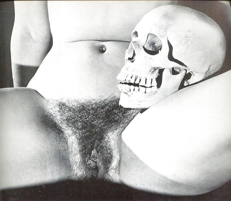 Free Brutal Skull Fuck Porn Pics