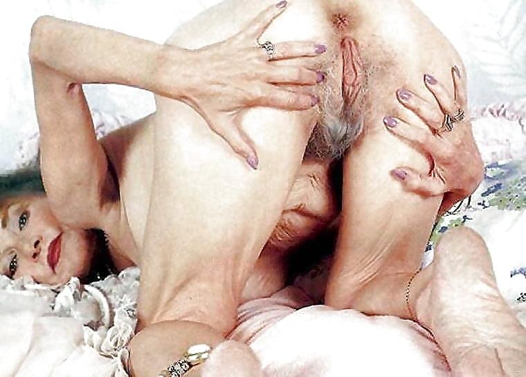 Hermaphrodite Big Tits Porn, Busty Hermaphrodite Sex Images