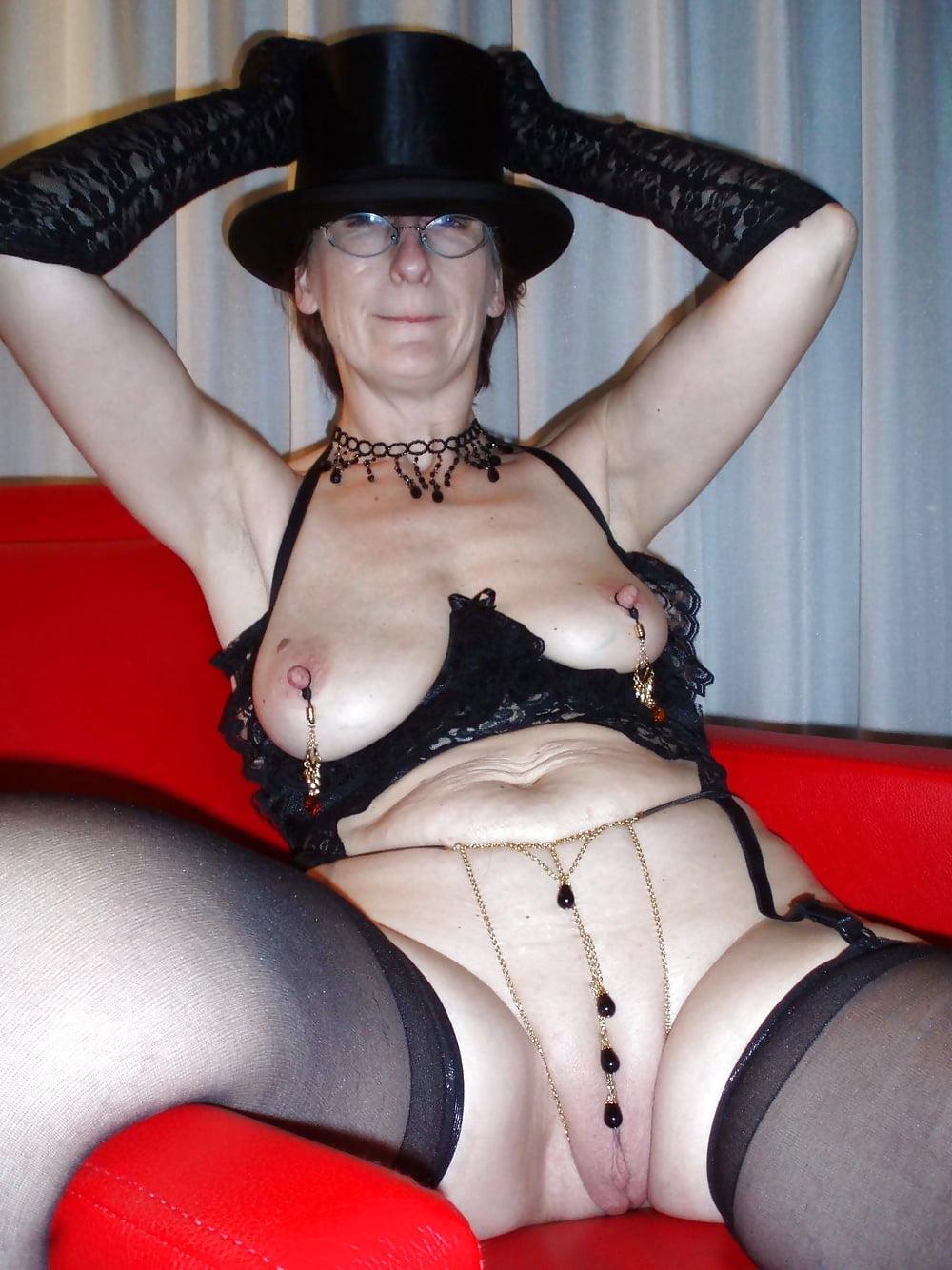 Nude gothic granny pics