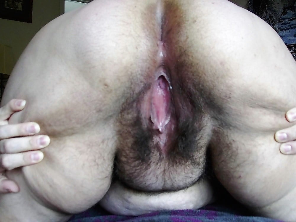 Spreading And Spanking My Fat Hairy Ass