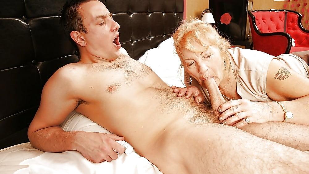 Ssbbw granny big tits free porn galery