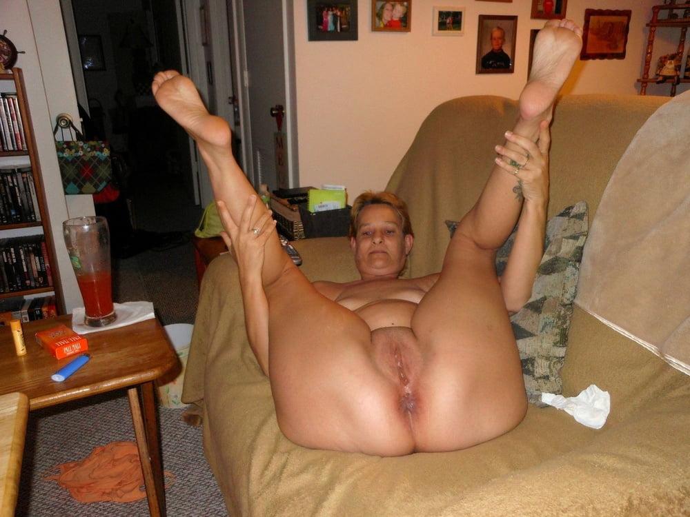 Milf in thong porn