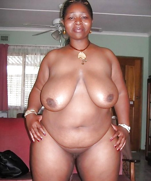 Black mama naked — photo 3