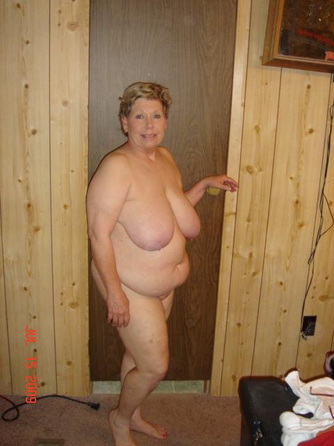 Attractive Nude Sehr Alte Damen HD