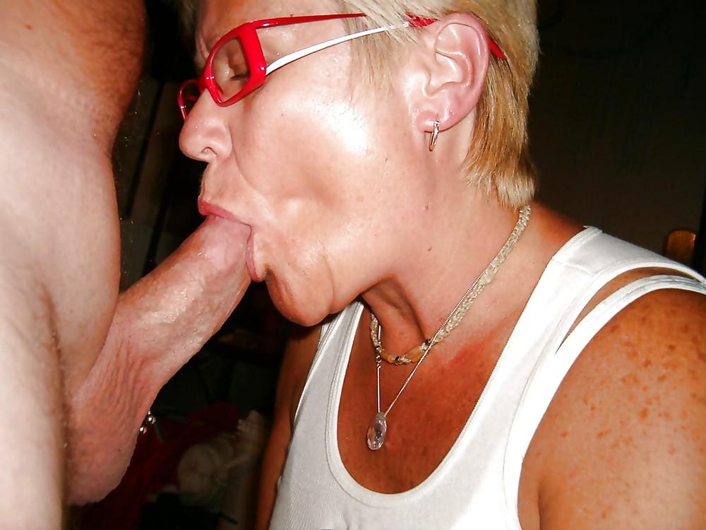Sexy mature cocksuckers 1