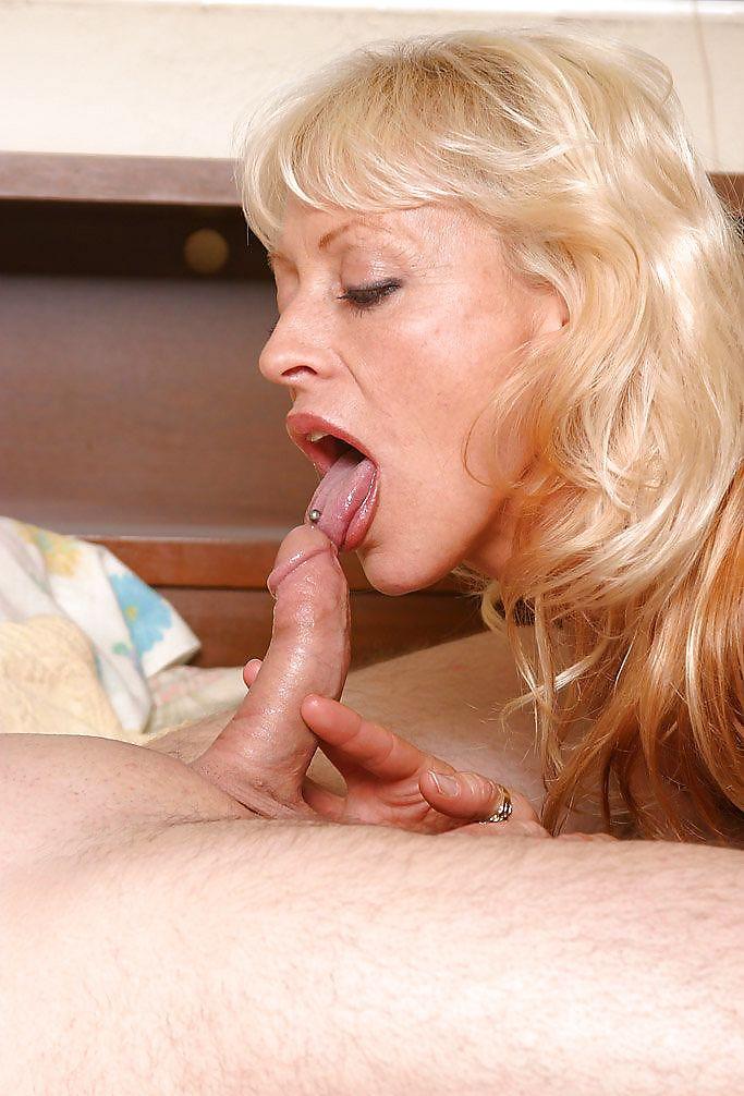 Blonde Old Milf Gets Fucked Deep Hard Anal Tnaflix Porn Pics