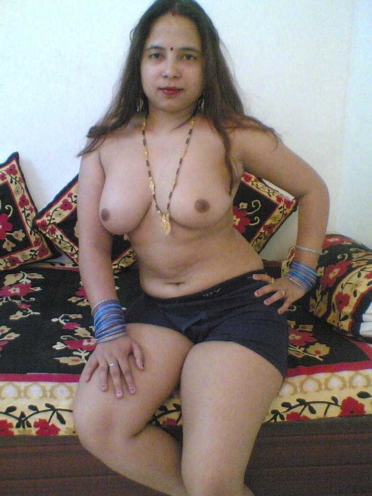 Kolkata bhabhi nude
