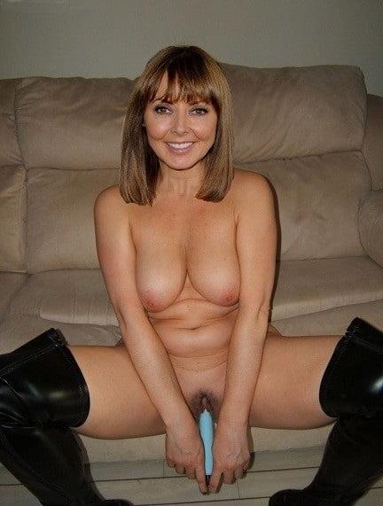 carol-vorderman-nude-sexy-babes