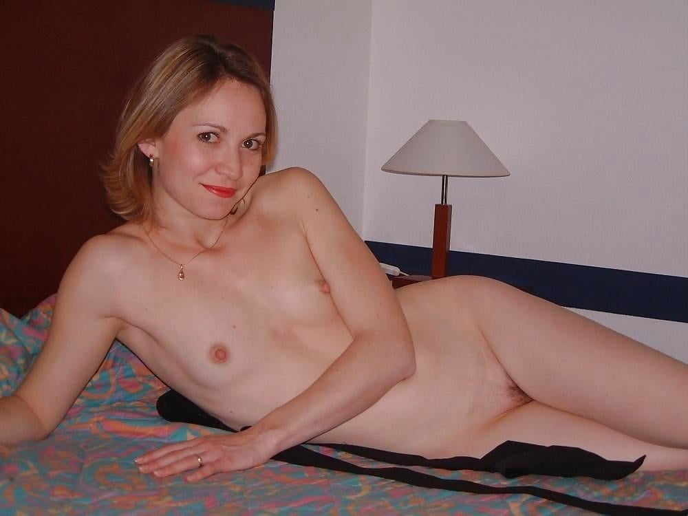 Flat Chested Girls Naked Pics