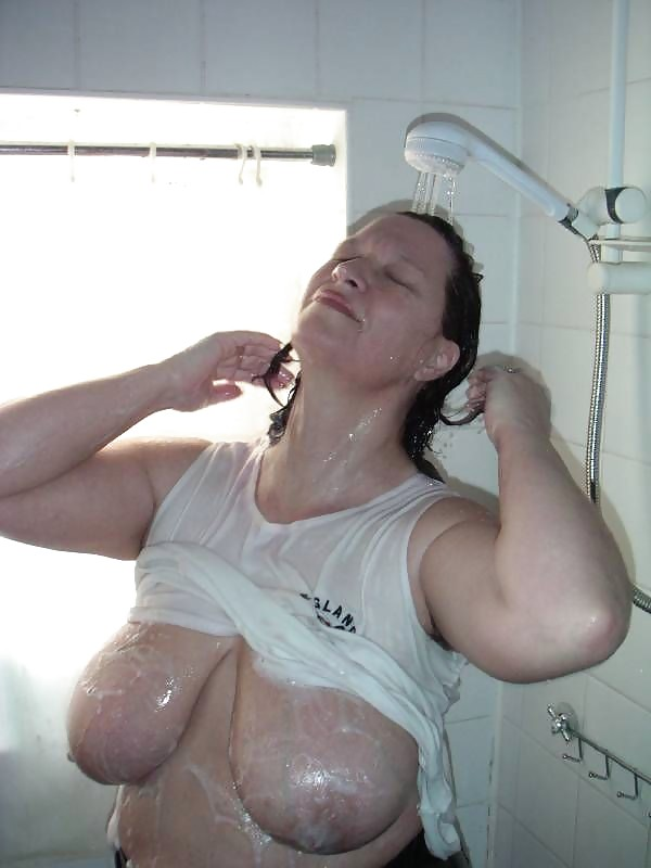 Chubby girls in wet t shirts